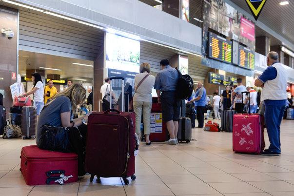 Imaginea articolului Új politika a Wizz Airnél: a nagyméretű kézipoggyászért október 29-étől nem kell fizetni