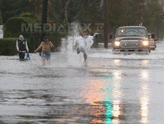Imaginea articolului URAGANUL SANDY: New York-ul şi nord-estul SUA au fost puternic afectate