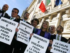 Societatea italiană, tot mai intolerantă faţă de români şi romi - raport