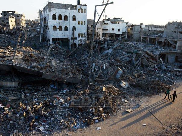 Rachete lansate din F�sia Gaza �nspre Israel, dupa expirarea armistitiului. Armata israeliana reia operatiunile militare. Mii de palestinieni �si parasesc casele de teama unor atacuri israeliene - VIDEO, FOTO