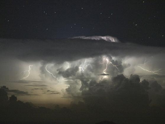 Imaginea articolului ATENŢIONAREA METEOROLOGILOR: Tablou apocaliptic pentru următoarele decenii
