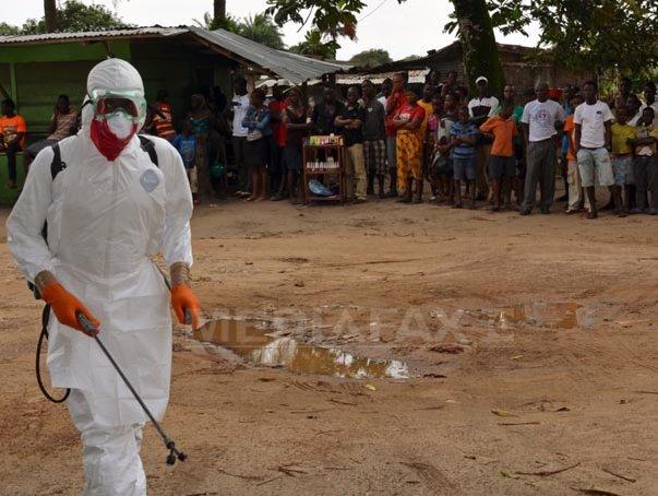 Stadionul din capitala Liberiei, transformat �n centre de tratament pentru victimele virusului Ebola