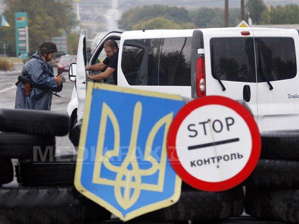 Kievul acuză rebelii proruşi că ameninţă procesul de pace