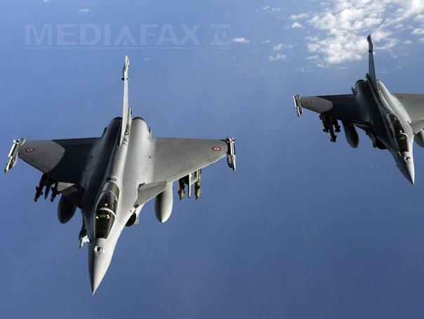 Hollande a autorizat atacuri aeriene �n Irak �n lupta �mpotriva gruparii Statul Islamic
