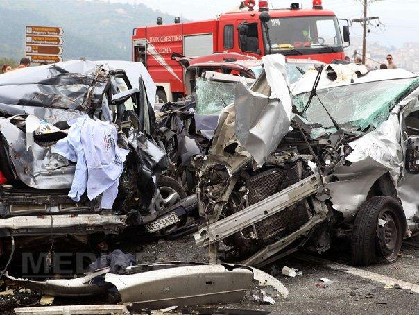 Nou martor �n cazul accidentului provocat de un rom�n �n Grecia: Un bărbat a mers la poliţie spun�nd că era pasager �n camion