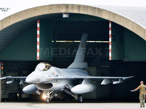 Avioanele de v�natoare mobilizate de Canada �n Irak vor �ncepe operatiunile din noiembrie