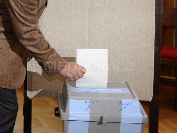 UE vrea ca alegerile de duminică din Ucraina să fie organizate