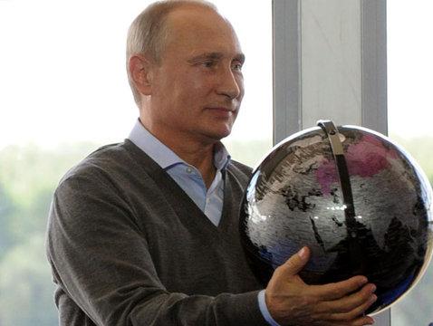 DEZVĂLUIRI despre preşedintele Rusiei: Cum a vrut Putin să împartă o ţară la Bucureşti