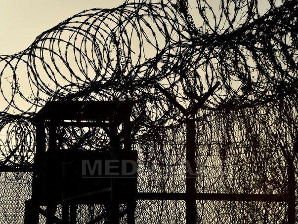 Patru yemeniti si un tunisian de la Guantanamo au fost transferati �n Georgia si Slovacia