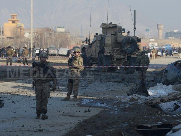 SUA vor mentine �n 2015 �n Afganistan mai multi militari dec�t se prevazuse initial