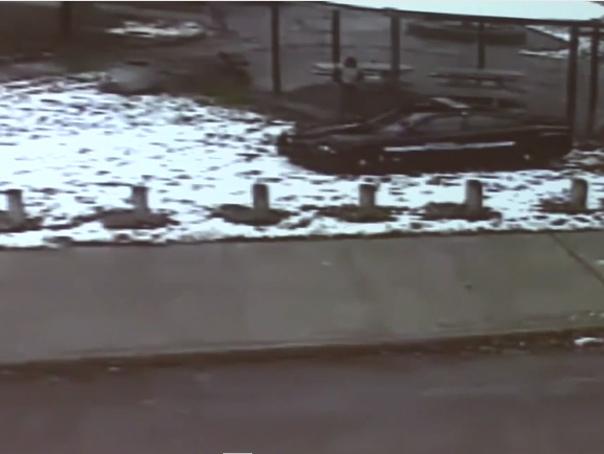 �nregistrarea video cu momentul �n care baiatul de culoare din Cleveland este �mpuscat de politisti - VIDEO