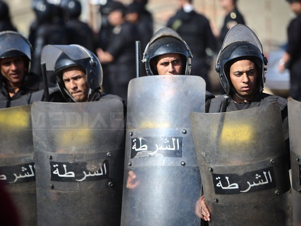 Un tribunal egiptean a condamnat la moarte 188 de persoane pentru uciderea a 13 politisti