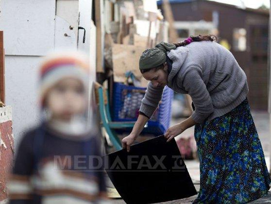 Imaginea articolului Val de indignare în Franţa după refuzul unei primării de a permite înhumarea unui bebeluş rom
