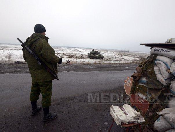 Cel putin 15 militari ucraineni au fost ucisi �n ultimele 24 de ore �n estul tarii