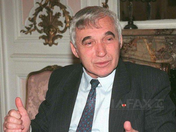 Politicieni bulgari şi străini, prezenţi la funeraliile lui Jelio Jelev la Sofia