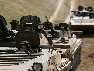 MOBILIZARE de forţe în Rusia: Putin pregăteşte 5.000 de tancuri, nave de război şi avioane