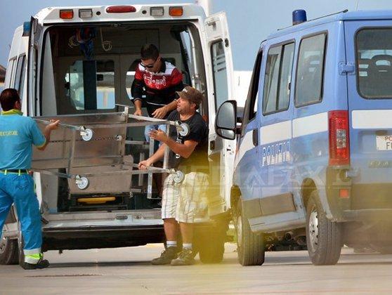 Imaginea articolului ACCIDENT în Italia: Un autocar care transporta zeci de români a lovit un parapet, pe o autostradă