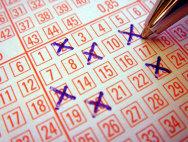 SCANDAL LA LOTERIE: Gafă de proporţii în direct la TV. Directorul loteriei A DEMISIONAT - VIDEO