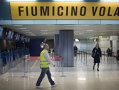 Imaginea articolului Scandal pe Aeroportul Fiumicino din Roma: Poliţia a intervenit pentru a calma pasageri furioşi