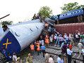 Imaginea articolului Cel puţin 20 de morţi în India, după deraierea a două trenuri din cauza inundaţiilor