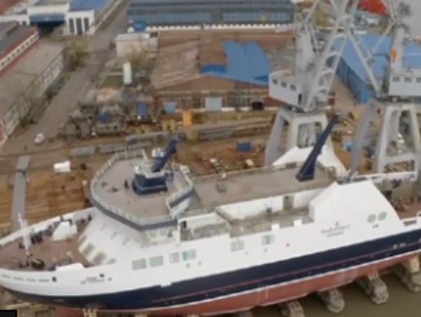 Navă fabricată la un şantier din Galaţi, retrimisă de Canada în România din cauza unor probleme - VIDEO