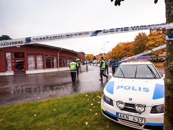 ATACUL din Suedia: Autorităţile anunţă decesul atacatorului, un tânăr care avea convingeri rasiste. Martor: `Unii elevi voiau să-şi facă poză cu el şi să atingă sabia` - FOTO, VIDEO