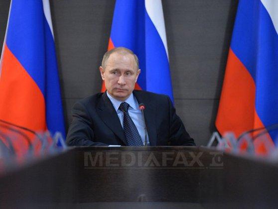 Imaginea articolului Vladimir Putin le mulţumeşte militarilor ruşi care participă la operaţiunile antiteroriste din Siria