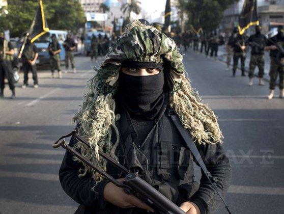 Imaginea articolului Atac armat al islamiştilor la un hotel de lux din staţiunea egipteană Hurgada. Trei turişti occidentali au fost răniţi, teroriştii au fost împuşcaţi mortal. Atacul prezintă caracteristicile unui complot al reţelei teroriste Stat Islamic - VIDEO