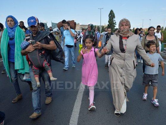 Imaginea articolului UE îndeamnă Turcia să primească refugiaţii sirieni care fug de confruntările din Alep
