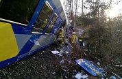 ACCIDENTUL FEROVIAR din Germania. Cine a fost de vină. Imagini din trenul groazei, imediat după impact - VIDEO
