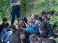 Imaginea articolului CRIZA IMIGRANŢILOR: Un mort şi trei răniţi într-o confruntare izbucnită la un centru de refugiaţi în Suedia