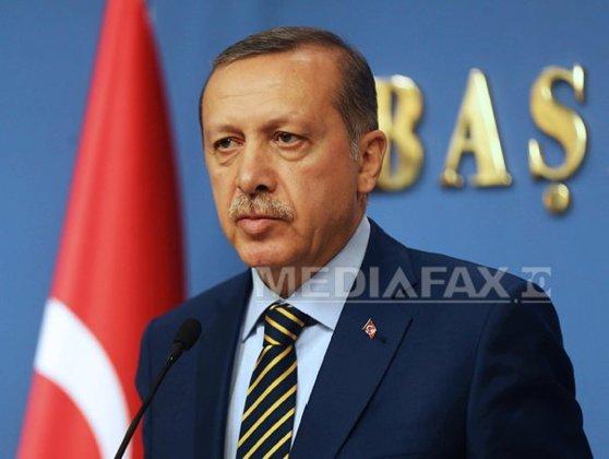 Imaginea articolului UE denunţă descinderile la ziare din Turcia, cerând respectarea libertăţii presei