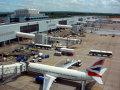 Imaginea articolului Alerte de securitate pe Aeroportul din Los Angeles; un avion de pasageri, percheziţionat