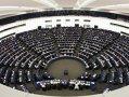 Imaginea articolului Parlamentul European îi cere lui Juncker redistribuirea imediată a portofoliului deţinut de comisarul britanic