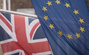 Imaginea articolului Franţa şi Germania somează Marea Britanie să părăsească urgent Uniunea Europeană / Mişcarea pro-Brexit respinge ieşirea urgentă din UE