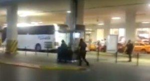 Imaginea articolului ATENTAT TERORIST la Aeroportul internaţional din Istanbul, soldat cu cel puţin 36 de morţi. Atentatul, opera PKK sau a reţelei Stat Islamic - FOTO, VIDEO