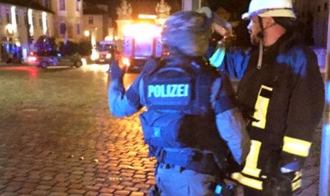 EXPLOZIE într-un restaurant din Germania: Cel puţin o persoană a murit, iar alte 11 au fost rănite. Primar: A fost provocată de o BOMBĂ -  FOTO, VIDEO