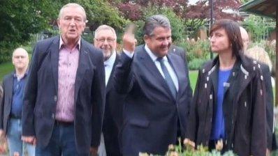 Ministrul Economiei din Germania, gest obscen la adresa unor protestatari. Reacţia partidului din care face parte