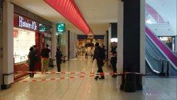 BREAKING NEWS: Indivzi înarmaţi, într-un supermarket din Belgia - FOTO