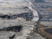 E DEVASTATOR. Valuri TSUNAMI după un cutremur de 8,0 grade. Pericol iminent pe coastă la distanţe mari