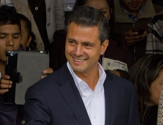 """Imaginea articolului Enrique Pena Nieto, preşedintele Mexicului: """"Bineînţeles"""" că nu vom plăti zidul dintre Mexic şi SUA"""
