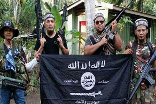 Imaginea articolului Doi ostatici ai grupării islamiste Abu Sayyaf din Filipine au fost eliberaţi