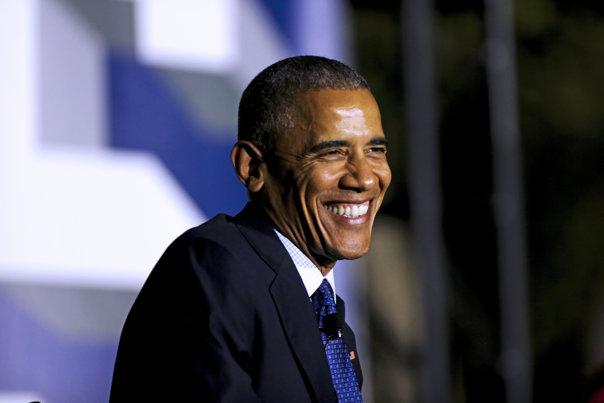 Imaginea articolului VIDEO Barack Obama i-a făcut o surpriză purtătorului său de cuvânt, venind la ultima conferinţă de presă