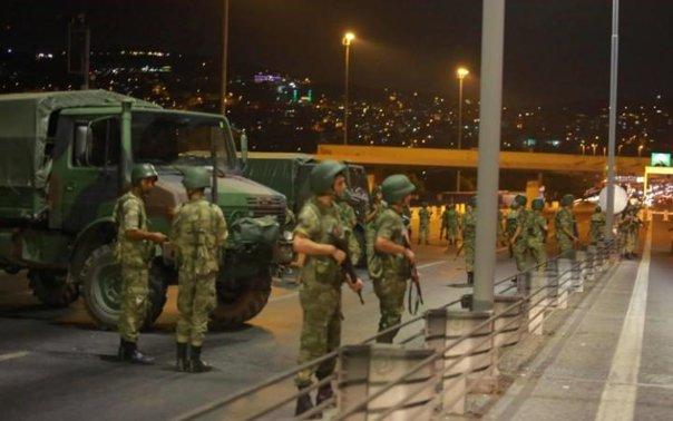 Imaginea articolului O rachetă a fost lansată în apropierea sediului central al poliţiei din Istanbul