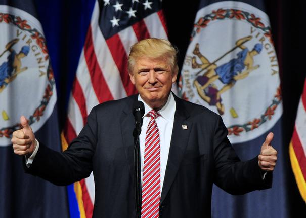 Imaginea articolului Donald Trump recunoaşte dreptul cetăţenilor de a protesta, amintind însă că tocmai au fost alegeri