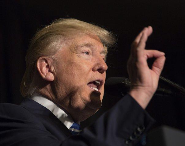 Imaginea articolului Donald Trump critică dur FBI, cerând să găsească urgent sursele informaţiilor secrete apărute în presă