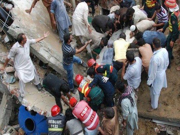 Imaginea articolului Cel puţin 11 morţi, inclusiv zece ofiţeri de poliţie, în urma unui ATENTAT la o moschee în Afganistan