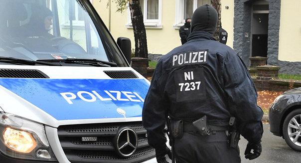 Imaginea articolului VIDEO Un mort şi doi răniţi, după ce un bărbat a intrat cu maşina în pietoni în oraşul german Heidelberg/ Autorul atacului ar fi un individ cu probleme psihice