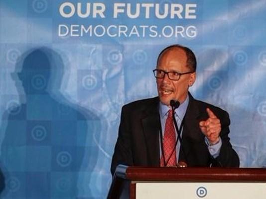 Imaginea articolului Tom Perez, ales în funcţia de preşedinte al Comitetului Naţional al Partidului Democrat. Mesajul ironic al lui Donald Trump, după vot