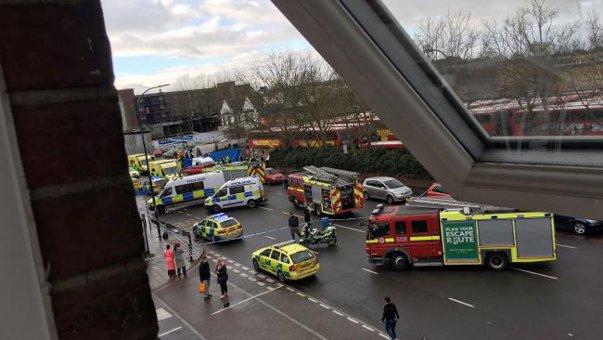 Imaginea articolului Cinci răniţi, după ce o maşină a intrat într-un grup de pietoni, în sud-estul Londrei